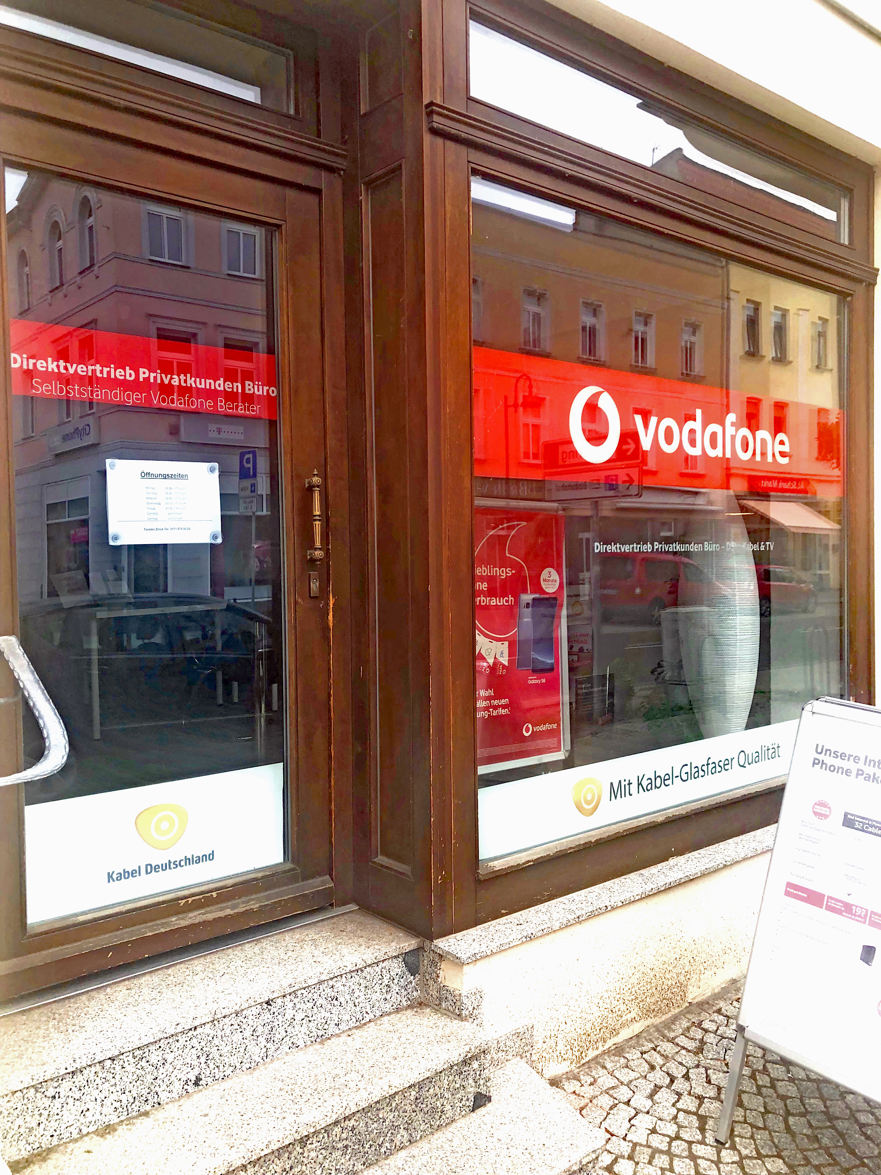 Vodafone Kabel Deutschland 39218 Schönebeck Öffnungszeiten ...